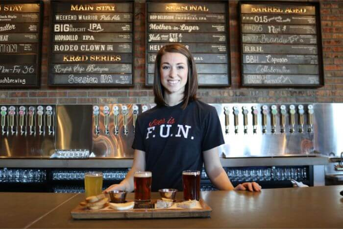 Pub clerk woman prepared beer